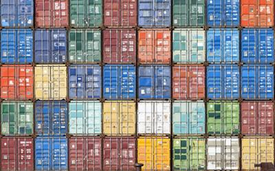 shipping containers benefit from RFID tracking